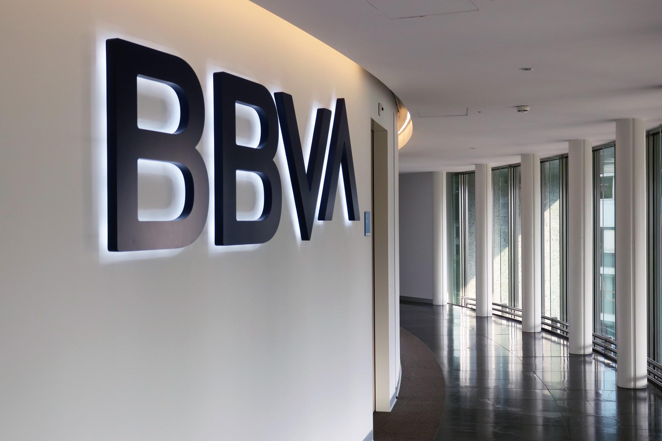 ¿Cuánto es el mínimo para abrir una cuenta de Banca Privada en Suiza?